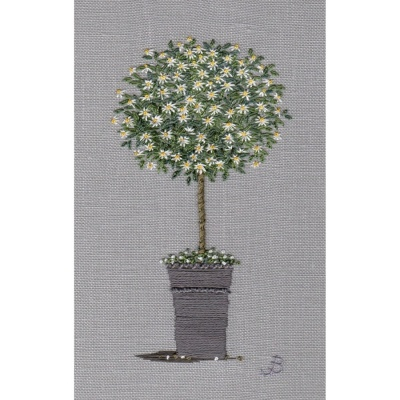 Marguerite Daisy Tree. Hand embroidery
